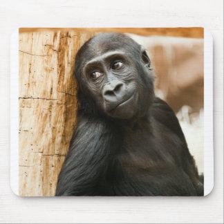 Mono negro del bebé alfombrilla de raton