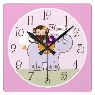 Mono personalizado de Jacana en el reloj del bebé
