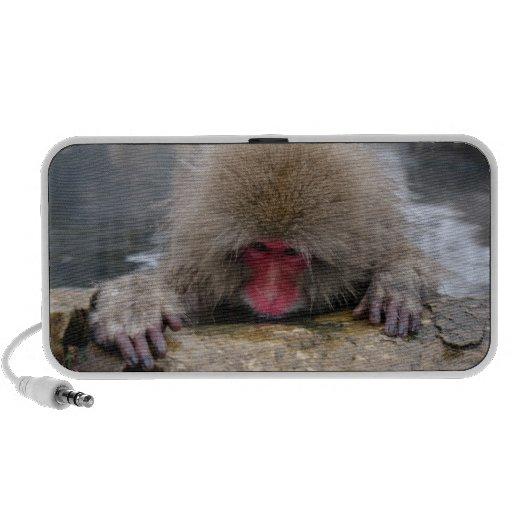 Mono solo de la nieve en Nagano, Japón Altavoz De Viaje