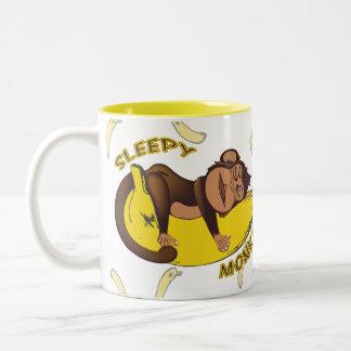 Mono soñoliento taza de dos tonos