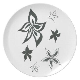 Monochrome Floral Plate