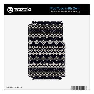 Monocromatic Tribal zigzag triangular pattern iPod Touch 4G Skins