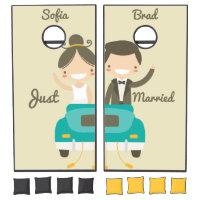 Monogram. Bride & Groom. Just Married. Wedding. Cornhole Set