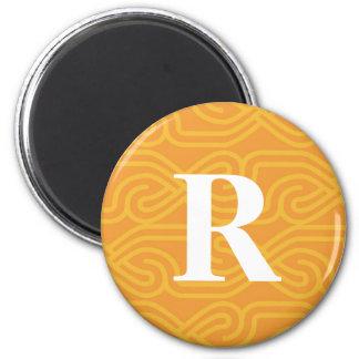 Monograma adornado de Knotwork - letra R Imán Redondo 5 Cm