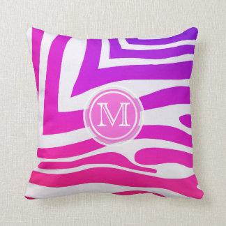 Monograma: Almohada colorida del estampado de
