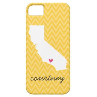 Monograma amarillo y rosado de Chevron del amor de iPhone 5 Funda