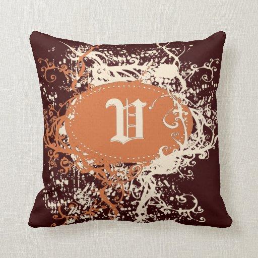 Monograma anaranjado retro U del modelo de Brown Cojines