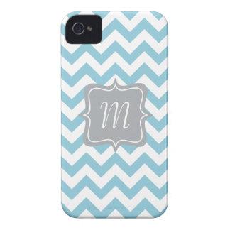Monograma azul y blanco del zigzag iPhone 4 Case-Mate fundas