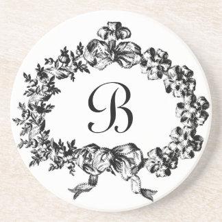 Monograma barroco gracioso de la guirnalda de la posavasos personalizados