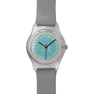 Monograma beige del trullo del modelo el | de Chev Relojes De Mano