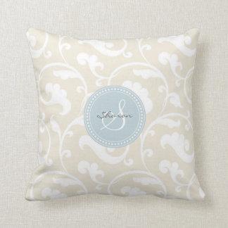 Monograma beige femenino elegante del estampado de cojin