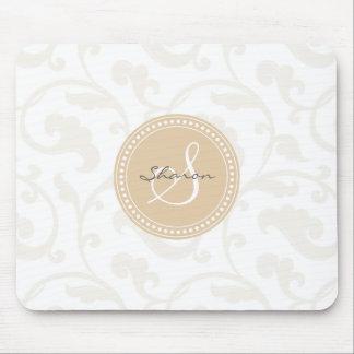Monograma beige femenino elegante del estampado de tapete de ratón