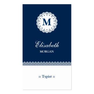 Monograma blanco azul del cordón del mecanógrafo tarjetas de visita