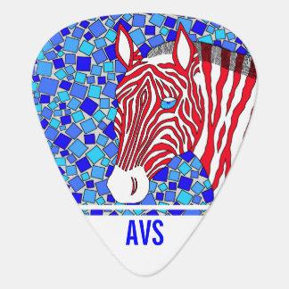 Monograma blanco de la cebra patriótica y azul uñeta de guitarra