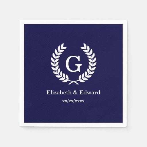 Monograma blanco de la inicial de la guirnalda del servilleta de papel