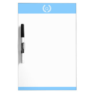 Monograma blanco de la inicial de la guirnalda del tablero blanco