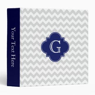 """Monograma blanco gris claro de Quatrefoil de la Carpeta 1 1/2"""""""