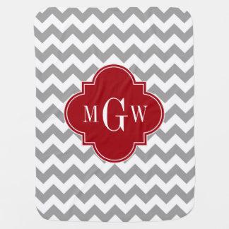 Monograma blanco gris de Quatrefoil 3 del arándano Manta De Bebé