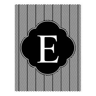 Monograma blanco negro de la raspa de arenque tarjetas postales
