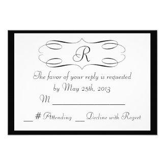 Monograma blanco negro que casa la tarjeta de RSVP Comunicado