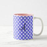 Monograma blanco purpúreo claro de los lunares taza de café