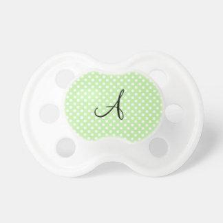 Monograma blanco verde claro de los lunares chupete de bebé