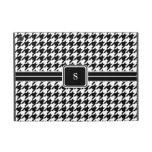 Monograma blanco y negro clásico de Houndstooth iPad Mini Fundas