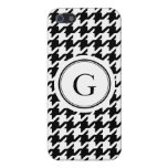 Monograma blanco y negro clásico del houndstooth iPhone 5 protector