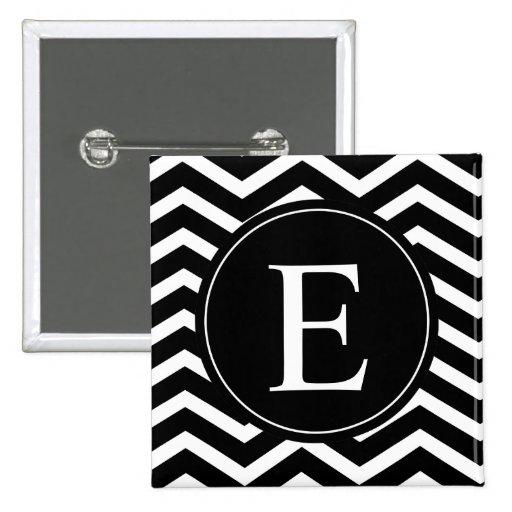 Monograma blanco y negro de Chevron Pin