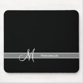 Monograma blanco y negro elegante con nombre tapetes de raton
