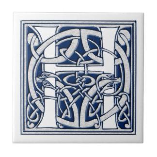 Monograma céltico de H Azulejo Cuadrado Pequeño