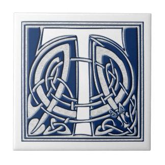 Monograma céltico de T Azulejo Cuadrado Pequeño