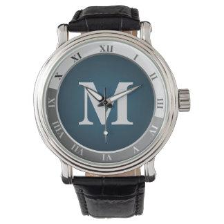 Monograma clásico reloj de mano