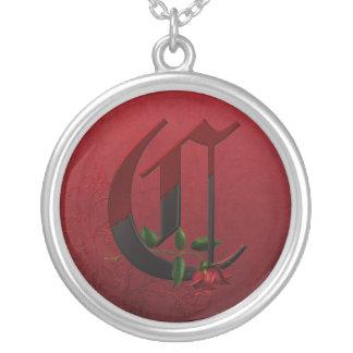 Monograma color de rosa gótico C Colgante Redondo