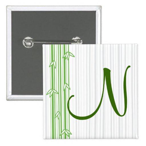 Monograma con el fondo de bambú - letra N Pin Cuadrada 5 Cm
