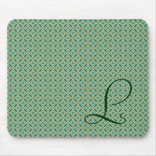 Monograma con fondo de mosaico marroquí alfombrillas de ratones
