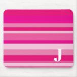 Monograma con un fondo rayado colorido - J Tapetes De Ratones