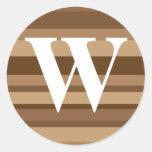 Monograma con un fondo rayado colorido - W Pegatina Redonda