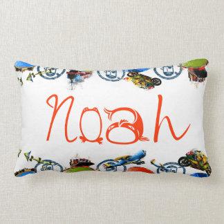 Monograma conocido personalizado para Noah/los muc Cojín