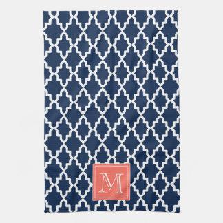 Monograma coralino marroquí de los azules marinos toallas de cocina