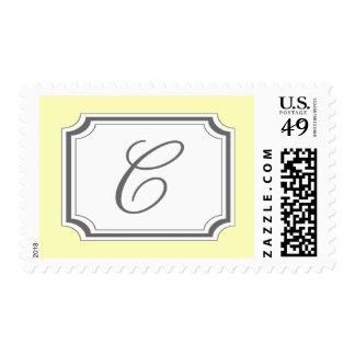 Monograma de C (suposición amarillo claro) Envio