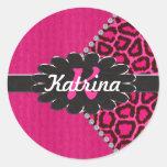 Monograma de cuero negro en guepardo rosado pegatinas redondas