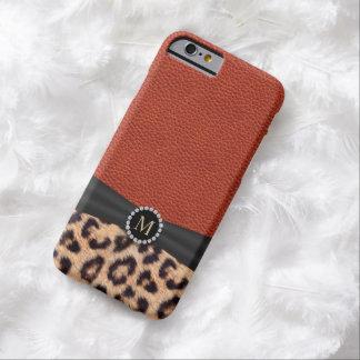 Monograma de cuero rojo del estampado leopardo funda de iPhone 6 barely there