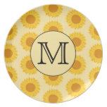 Monograma de encargo, con los girasoles amarillos plato para fiesta