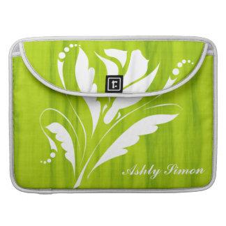 Monograma de la flor verde y blanca de la fruta funda para macbook pro