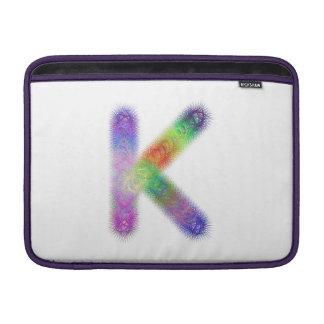 Monograma de la letra K del fractal Funda Para Macbook Air