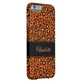Monograma de la piel del leopardo de las señoras funda de iPhone 6 barely there