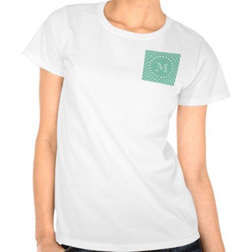 Monograma de la verde menta del modelo el | de camiseta