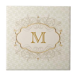 Monograma de marfil de la perla y del oro azulejo cuadrado pequeño