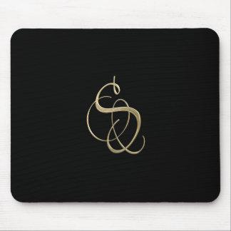 Monograma de oro de la inicial S Mousepads